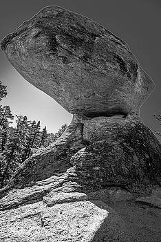 Balancing Rock I by Steven Ainsworth