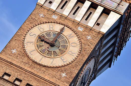 Baltimore Tower by La Dolce Vita