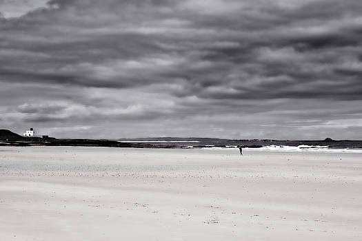 Bamburgh Beach by Archaeo Images