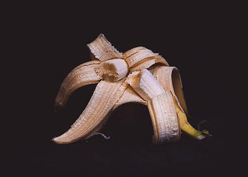 Banana Flower by Hyuntae Kim