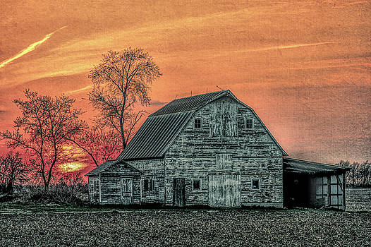 Barn Sunset - Desaturated by Joe Ladendorf