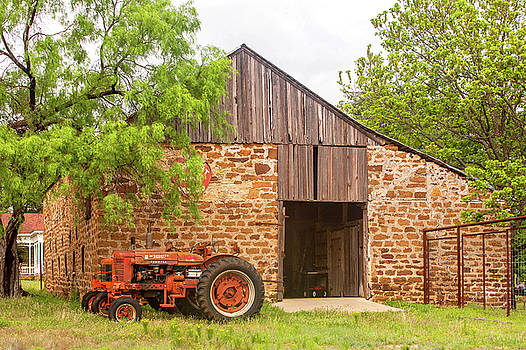 Art Block Collections - Barn with Farmall Tractors
