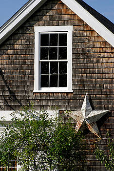 Mark Wiley - Barn with Star