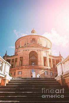 Sophie McAulay - Basilica San Luca Bologna