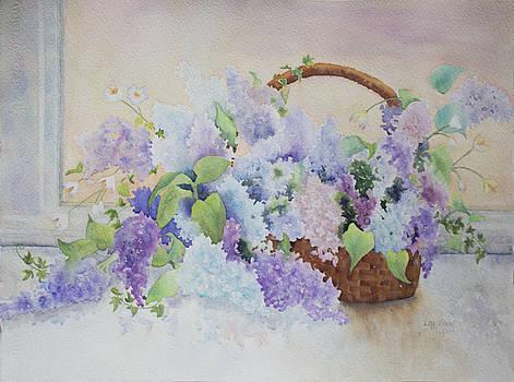 Lisa Vincent - Basket of Lilacs