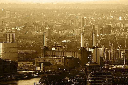 Battersea Power Station by Chris Day