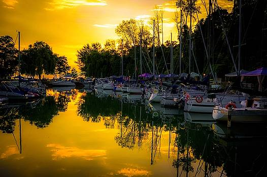 Bayfield Marina by Karl Anderson