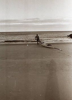 Beach 2 by Linnea Tober