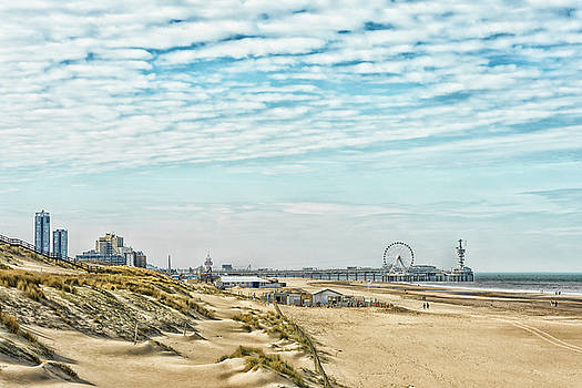 Beach Life by Rabiri Us