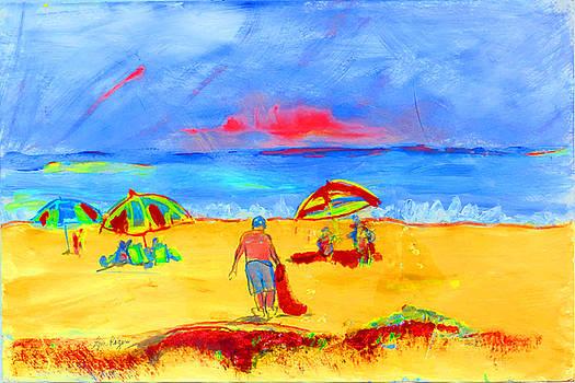 Beach Scene by Lynn Rogers