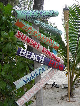 Stacey Robinson - Beach Sign