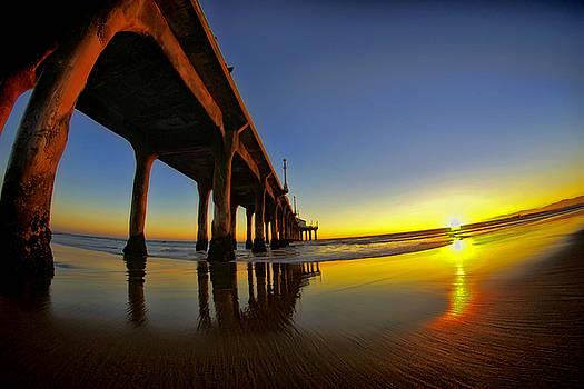 Beach Sunset by Julie Bergonz