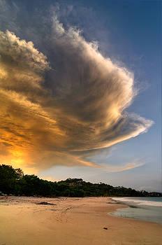Oscar Gutierrez - Beach Sunset