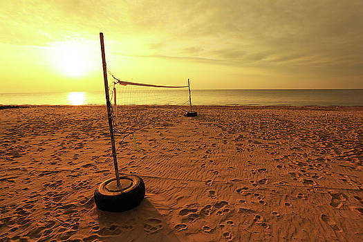 Beach Volley Sunset by Keattikorn Samarnggoon
