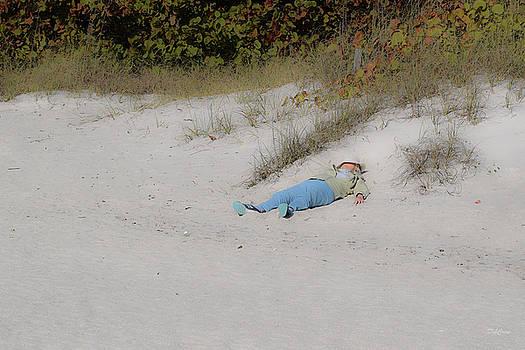 Beaching Beauty by Deborah  Crew-Johnson