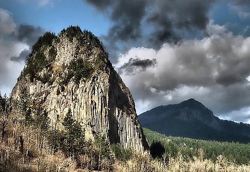 Beacon Rock by Kevin Felts