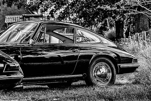 2bhappy4ever - Beautiful Black Porsche 912 bw