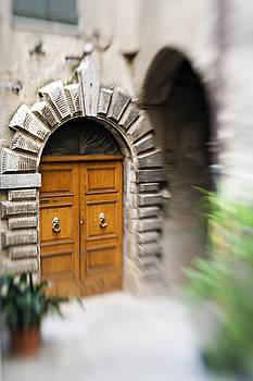 Marilyn Hunt - Beautiful Italian Doorway