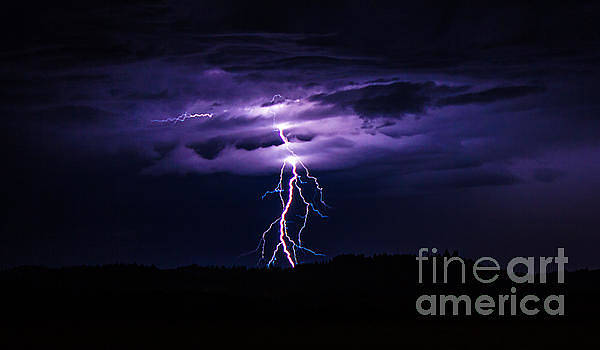 Beautiful Lightning by Michael Cross