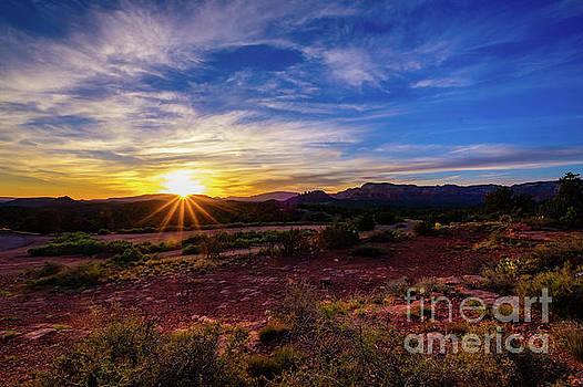 Beautiful Sedona Sunset by Raul Rodriguez
