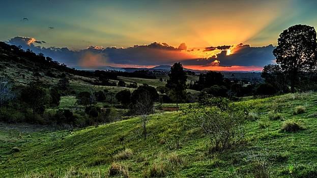 Beautiful Sunset by Luke Lonergan by Luke Lonergan