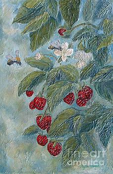 Phyllis Howard - Bees Berries and Blooms