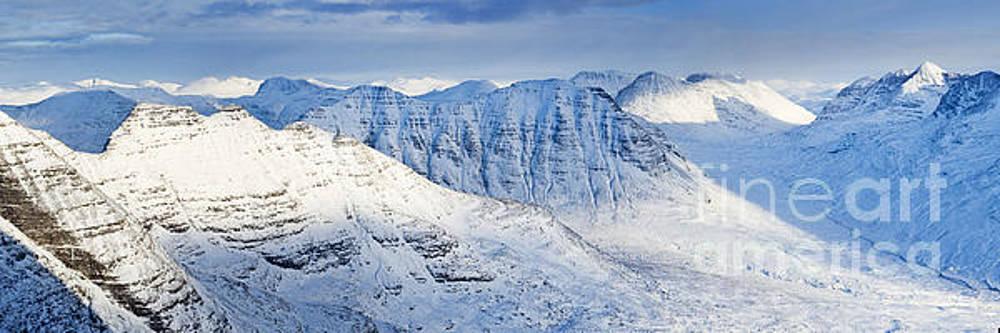 Beinn Dearg and the Horns of Alligin, Torridon, Scotland. by Justin Foulkes
