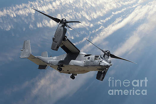 Simon Bratt Photography LRPS - Bell Boeing Osprey V-22 helicopter close up view flying