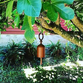 LeLa Becker - Bell heals tree