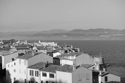 Belle vue sur Saint - Tropez by Tom Vandenhende