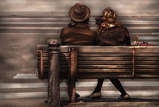 Mike Savad - Bench - A couple out of time