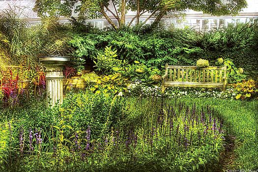 Mike Savad - Bench - Garden Pleasure