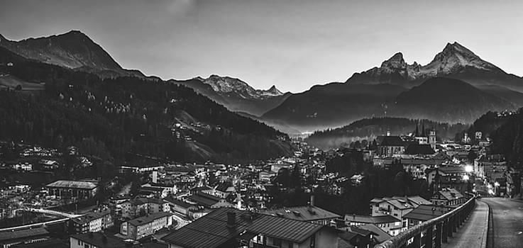 Berchtesgaden At Sunrise by Pixabay