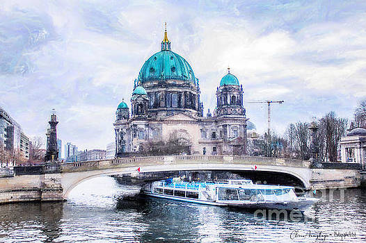 Berliner Dom by Chris Armytage