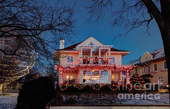 Wayne Moran - Best Christmas Lights Lake of the Isles Minneapolis