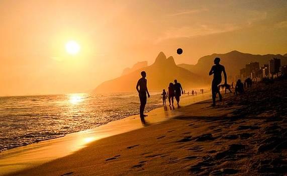 Best Sunset by Cesar Vieira