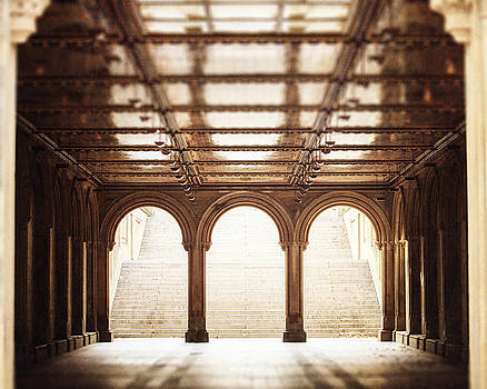 Lisa Russo - Bethesda Terrace in Color