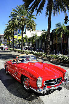 Beverly Hills Rodeo Drive 15 by Nina Prommer