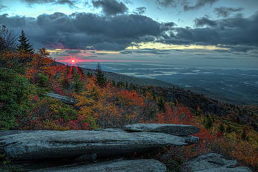 Beyond the Ridge by Greg Mills