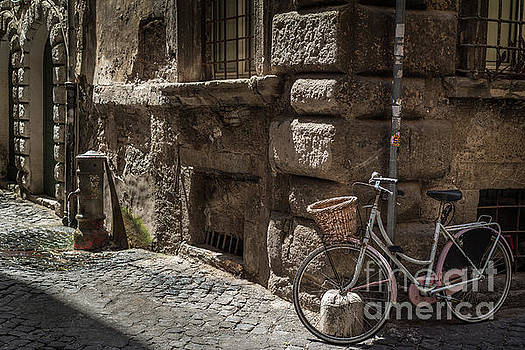 Bicycle in Rome, Italy by Perry Rodriguez