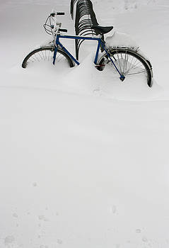 Bicycle in snow by Vladimir Jovanovic