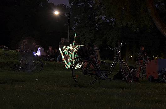 Bicycle on the lawn by Dirk Jung
