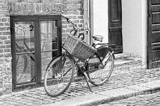 Bicycle with Big Basket in Copenhagen, B W by Catherine Sherman