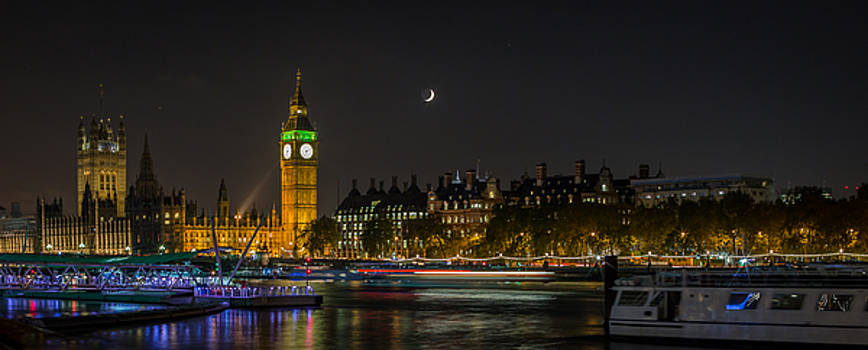 Big Ben and the Houses of Parliament panorama by Adrian Pollard