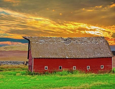 Randall Branham - big sky country barn
