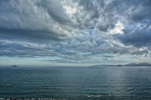 Big sky by Joachim G Pinkawa