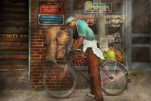Mike Savad - Bike - Delivering groceries 1938