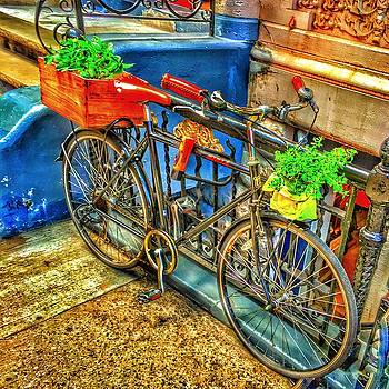 Bike ride in New York City by Wade Binford