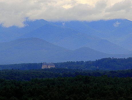Allen Nice-Webb - Biltmore House with Mountains