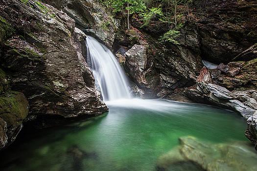 Bingham Falls #1 by Dave Schmidt